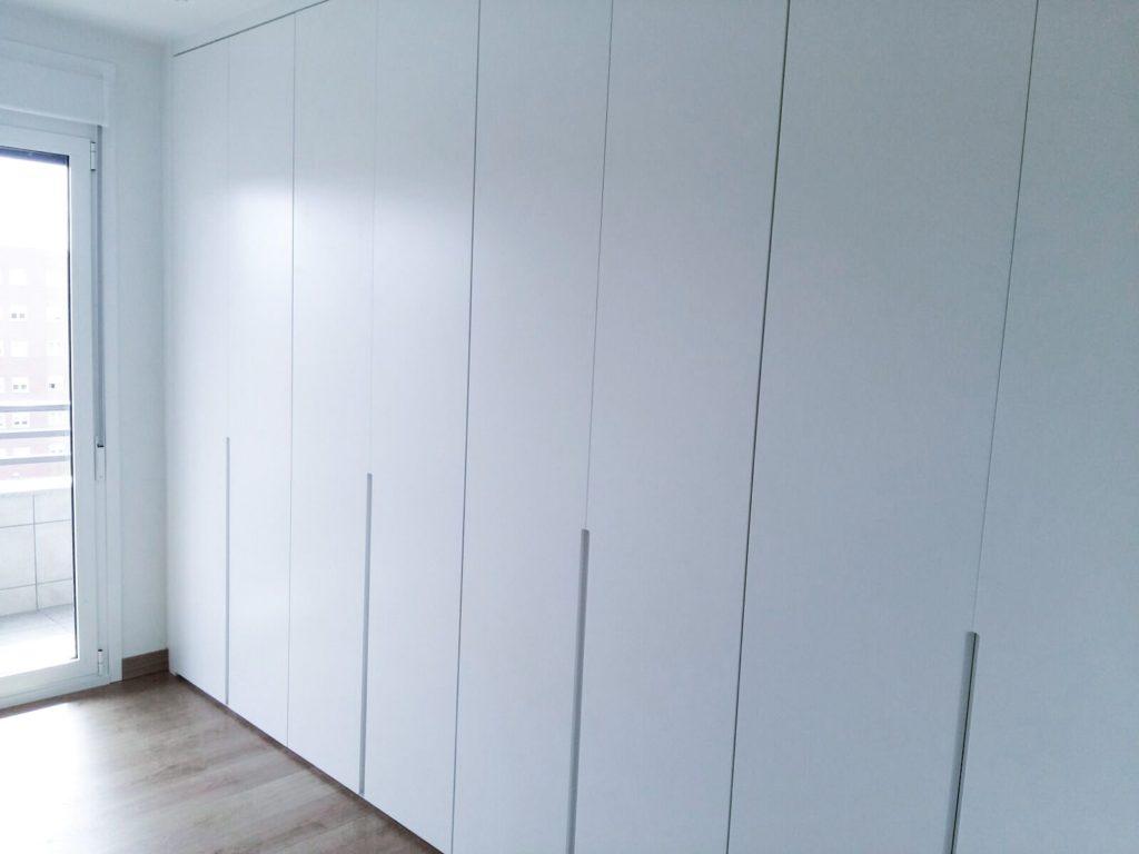 Armarios empotrados y muebles a medida en burgos armarios - Disena tu armario empotrado ...